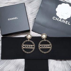 New 2018 CHANEL RUNWAY XL CC Hoops Earrings